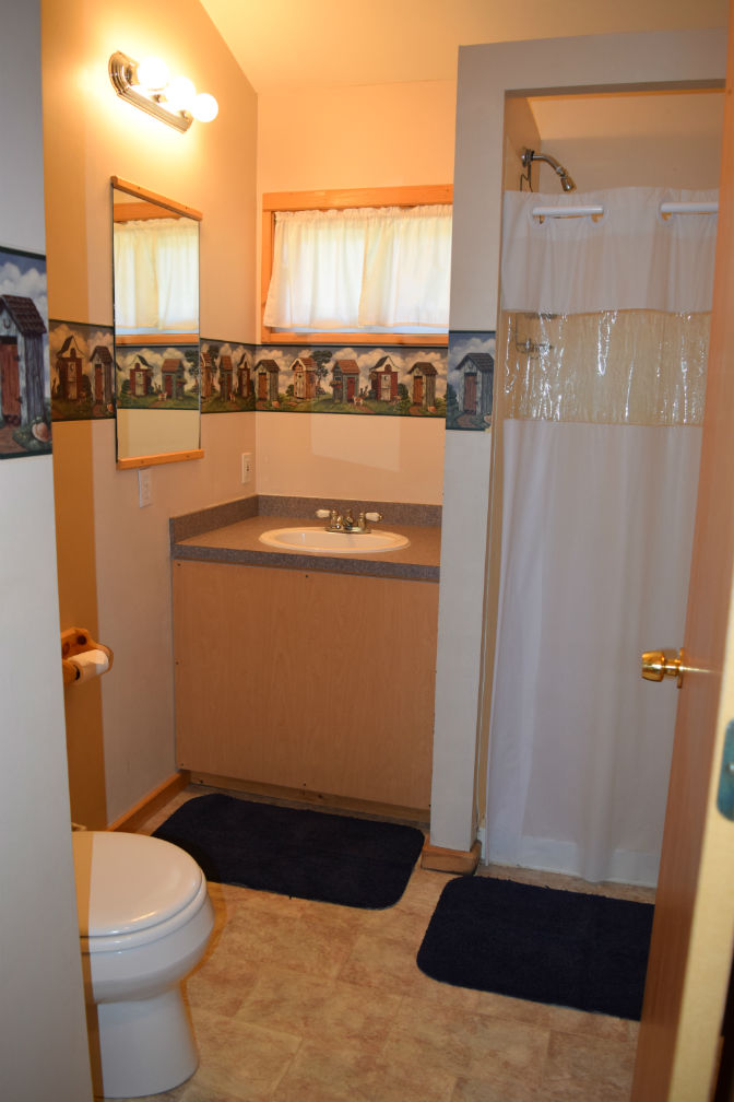 Cabin 3 - Bathroom