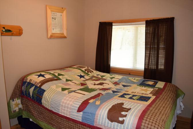 Cabin 2 - Bedroom