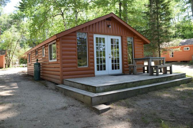 Cabin 2 - Exterior