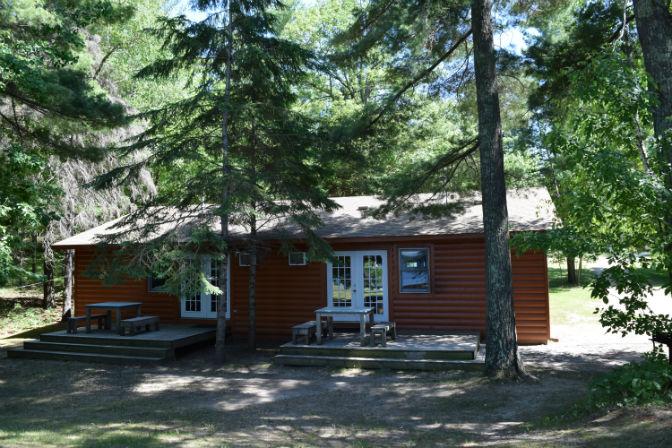 Cabin 7 - Exterior