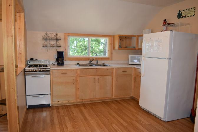 Cabin 5 - Kitchen