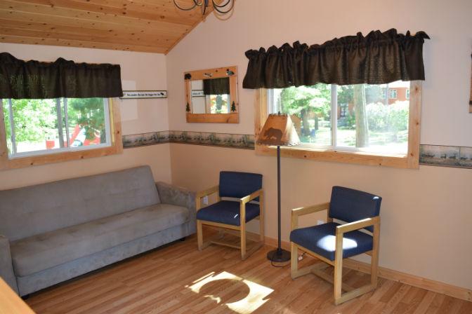 Cabin 5 - Living Room