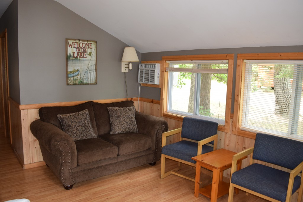 Cabin 2- Living Room